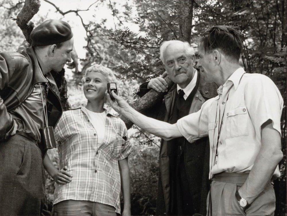 Director Ingmar Bergman, actors Bibi Andersson and Victor Sjöström and DP Gunnar Fischer shooting Wild Strawberries (Smultronstället, 1958)