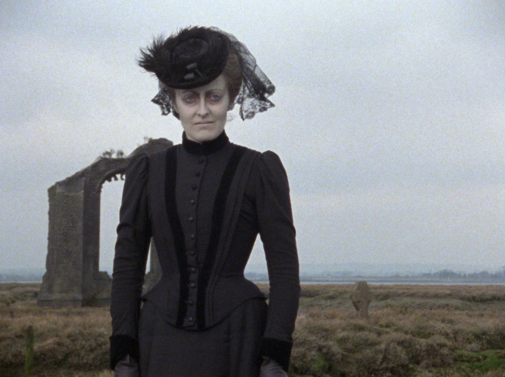 The Woman in Black (1989)