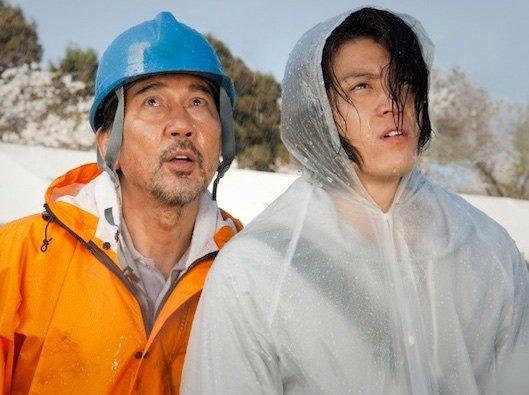 Woodsman and the Rain (2011)