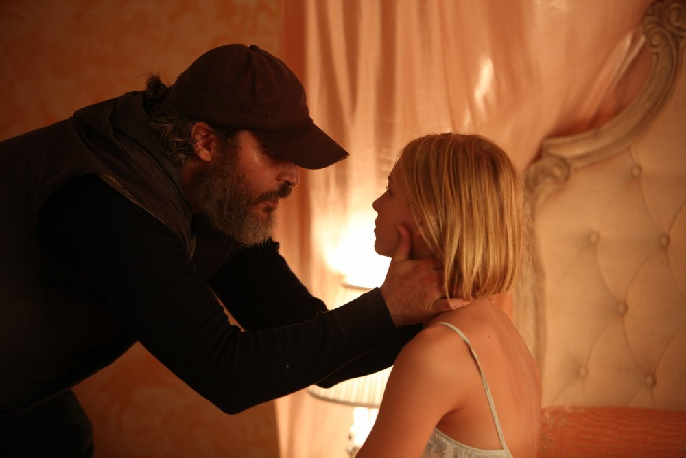 Phoenix with Ekaterina Samsonov as Nina Votto