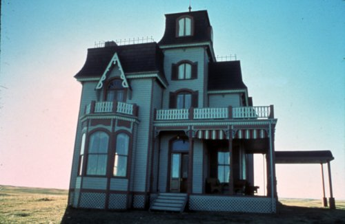 The remote mansion in Days of Heaven (1978)