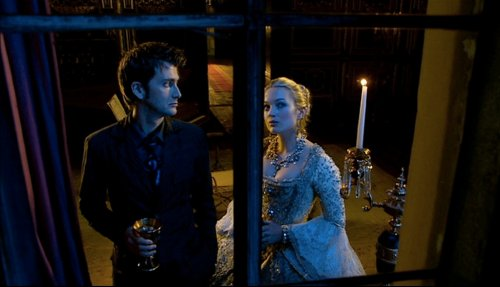 The Girl in the Fireplace (2006)