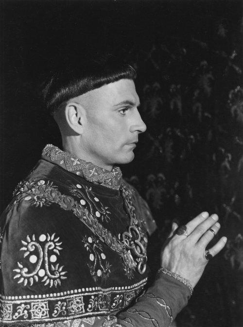 Henry V (1944)