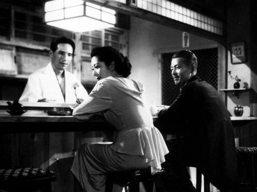 Setsuko Hara with Yumeji Tsukioka and Chishu Ryu in Yasujiro Ozu's Late Spring (1949)