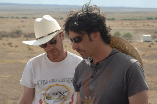 Joel and Ethan Coen on location for No Country for Old Men (2007)
