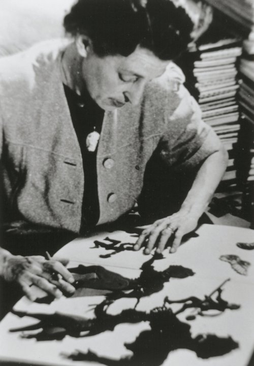 Lotte Reiniger at work on an animation