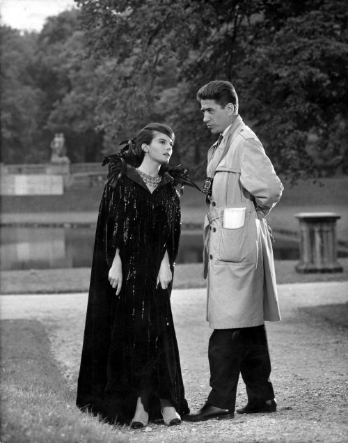 Resnais with Delphine Seyrig on the set of Last Year in Marienbad (1961)