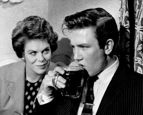 Good Saturday Night And Sunday Morning (1960)