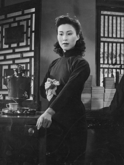Wei Wei in Spring in a Small Town (1948)
