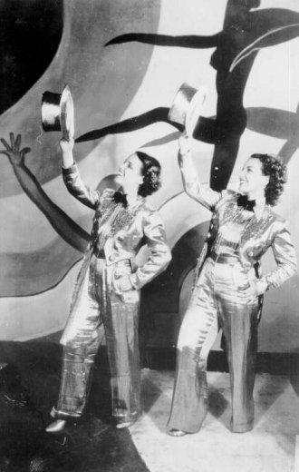 Hello, Hello, Carnival! (1936)
